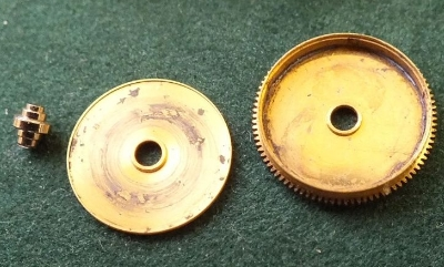 ZENITH CAL 2572 PC Part 180 2 Mainspring case and bolt